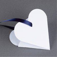 Heart-Shaped Favor Boxes Step 4
