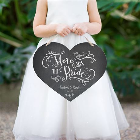 HeartShaped Here Comes the Bride Sign