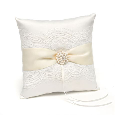 Simply Splendid Ring Pillow