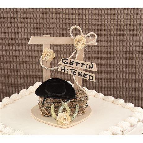 """Gettin"""" Hitched Cake Top"""